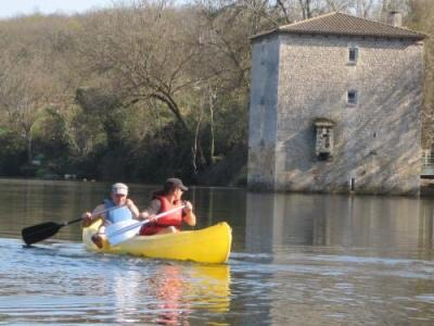 Canoeng on Ancient French Waterways